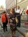 Foto:  Kulturkreises Haunstetten - Susanne F. Kohl erläutert die Kanäle Augsburgs