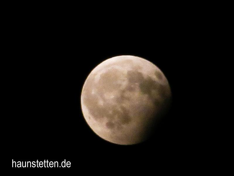 Partielle-Mondfinsternis-Haunstetten-57171aw