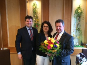 Vorstandswechsel: v.l.n.r. Gastredner Bürgermeister Dr. Kiefer, bisherige Vorsitzende Margarete Heinrich, neugewählter Vorsitzender Harald Eckart